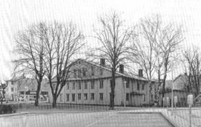 Det ursprungliga Tullgården från 1800-talet, som revs 1978.